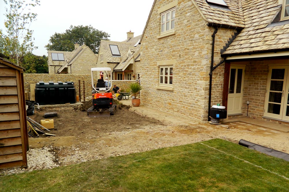 Dan Groves Contracting starts work on-site in Southrop