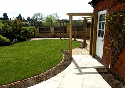Landscaped garden, raised bed and patio, Moreton-in-Marsh