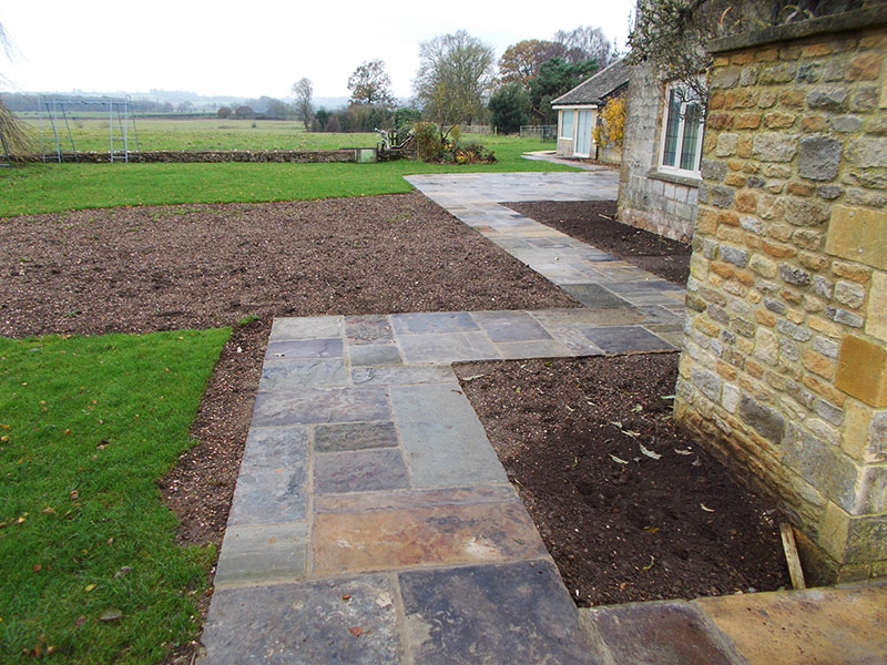 Reclaimed York Paving side pathway near Moreton in Marsh