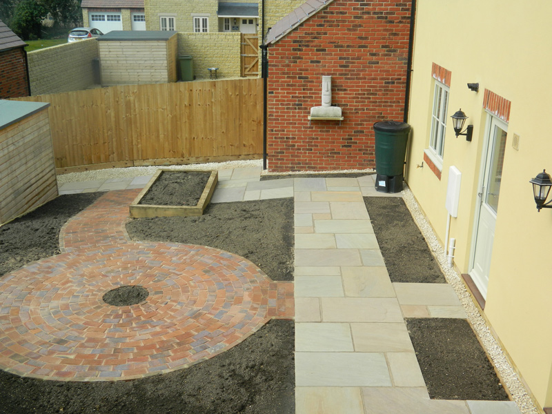 New build patio garden, Moreton-in-Marsh